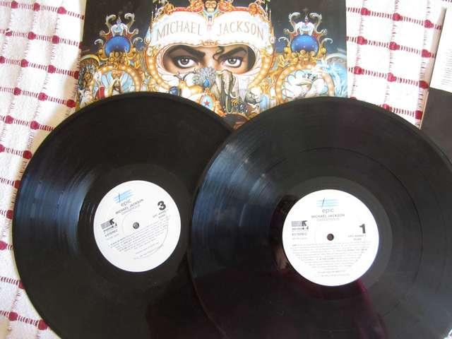 DOBLE ALBUM DANGEROUS.  - foto 2