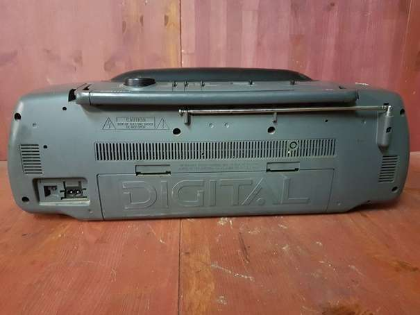 RADIO CASSETTE PORTATIL DOBLE PLATINA PH - foto 4