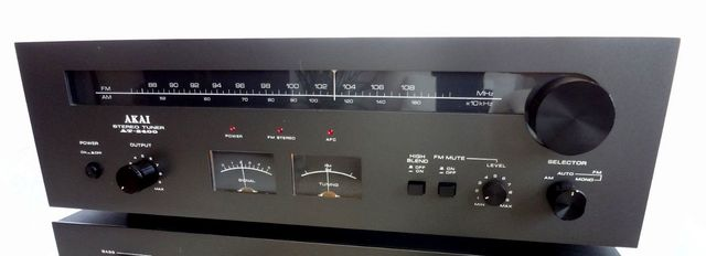 AKAI AT-2400