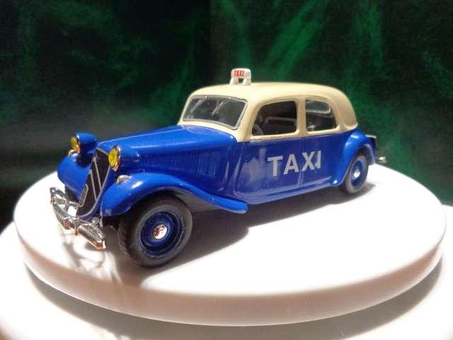 Citroen 11 Taxi Saigon - 1955 *