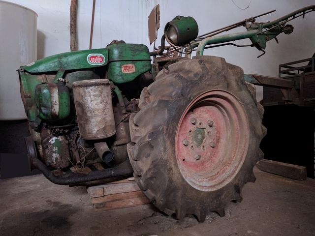 AGRIA - 1900 D