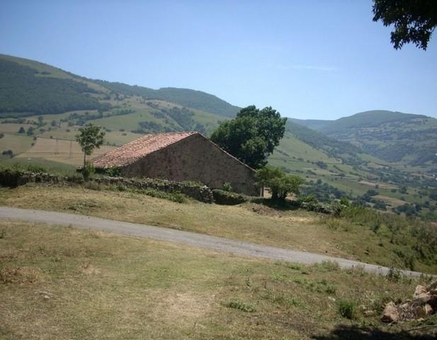 CASA CON TERRENO PARA REFORMAR L637 - foto 4