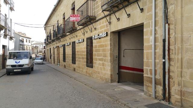 OCASION EN EL CENTRO DE BAEZA,  MÁS Y MÁS - foto 7