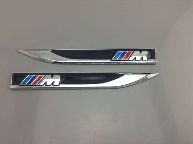 EMBLEMAS LATERALES BMW M M3 M5 M6 M7 M