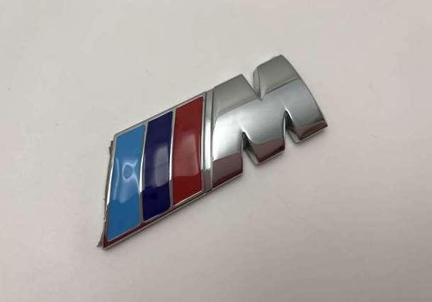 EMBLEMA LATERAL BMW M PLATA M3 M5 M6 M7