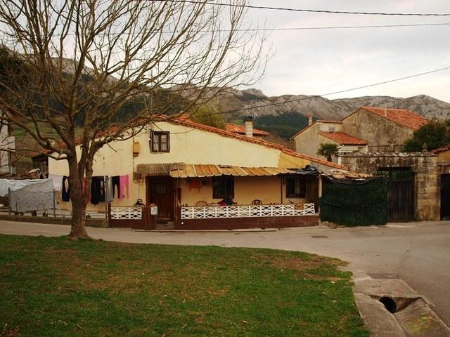 CASA DE PIEDRA EN PARCELA DE 700M² - foto 9