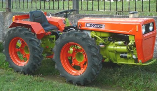 TRACTOR AGRIA 9900