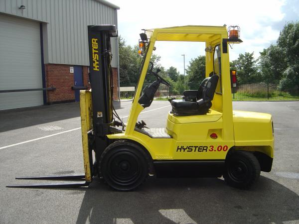 MATRICULADA HYSTER XM 3. 000