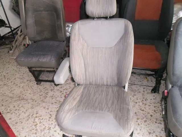 ASIENTO CONDUCTOR RENAULT TRAFIC 2007