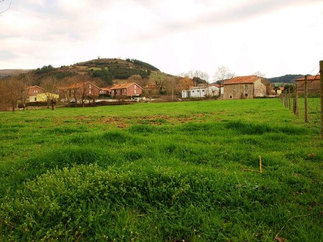 FINCA RÚSTICA EDIFICABLE EN Bº RIVERO - foto 5