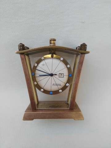 Reloj De Sobremesa Muster Geschutzt