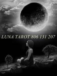 TAROTISTA, MEDIUN Y TAROT LUNA