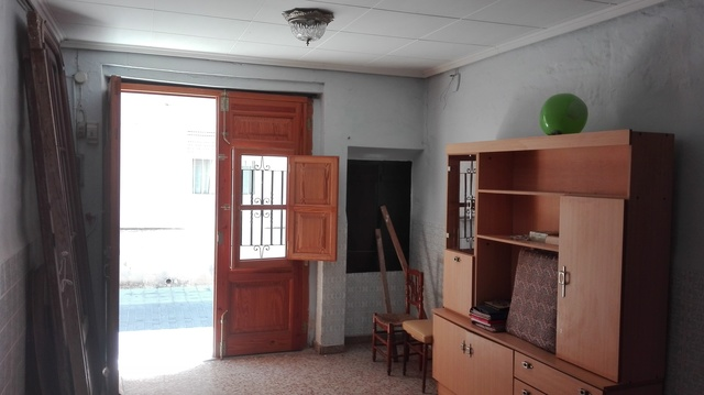 CASA DE PUEBLO EN CHIVA - foto 2