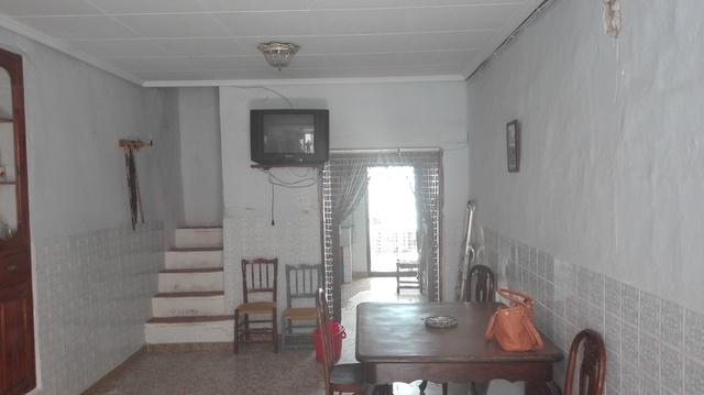CASA DE PUEBLO EN CHIVA - foto 9
