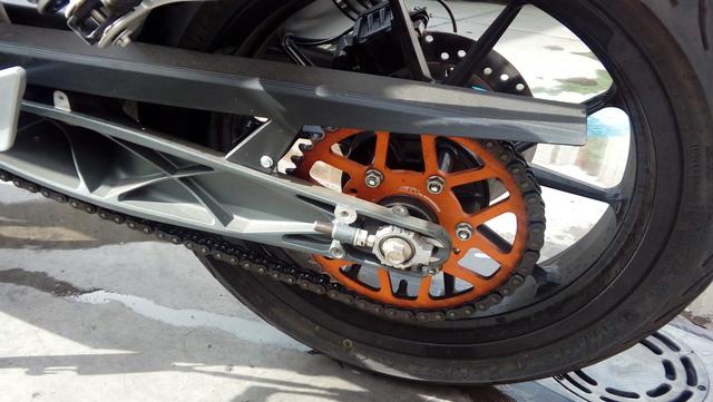 KTM - DUKE 125 ABS. CARNET DE COCHE