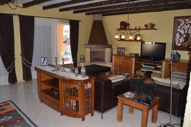 CASA EN TORVISCAS ALTO - foto 8