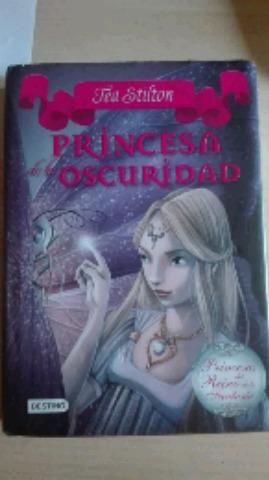 LIBRO PRINCESA DE LA OSCURIDAD