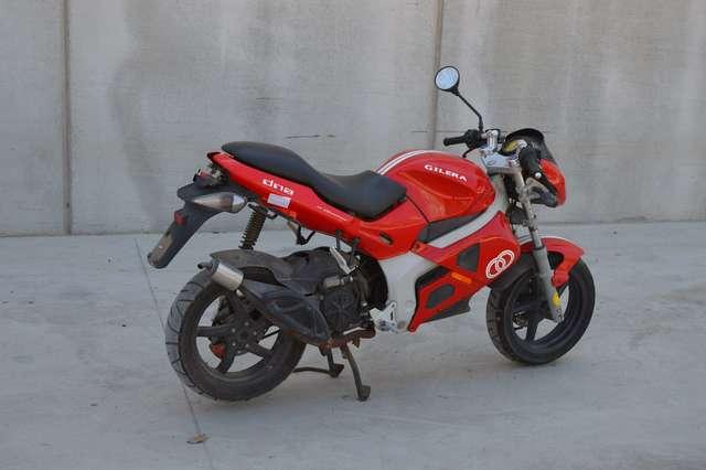 DESPIECE MOTO GILERA DNA 50 2005