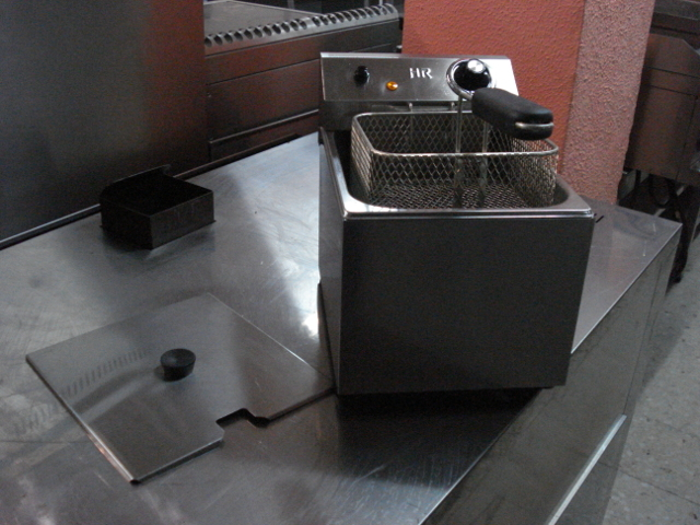 FREIDORA ELECTRICA 6 LITROS - MARCA HR - foto 4