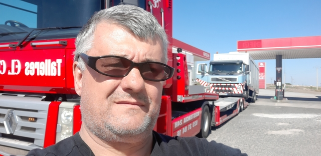 CHOFER ,  CONDUCTOR AUTOBUS AUTOCAR EXPER - foto 1