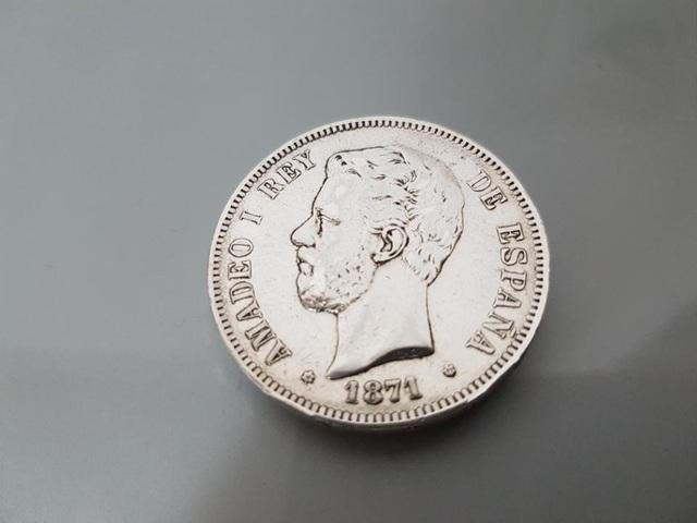 EXCELENTE MONEDA 1871 PLATA AMADEO