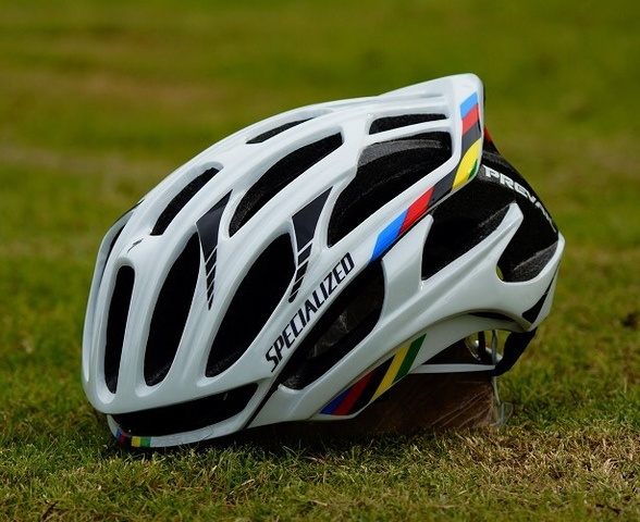 CASCO PREVAIL A ESTRENAR