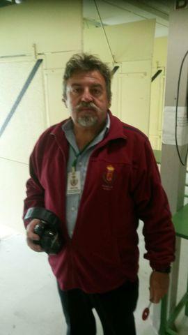 SE OFRECE DIRECTOR DE SEGURIDAD - foto 1