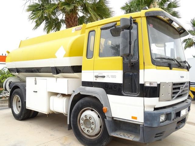 VOLVO - FL 612 B180 CUBA DE GASOIL