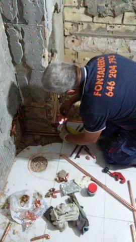 FONTANERO INSTALACION DE INODORO ;WC