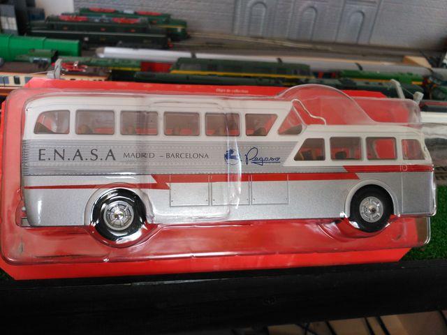 Salvat Autobus - Pegaso-Enasa