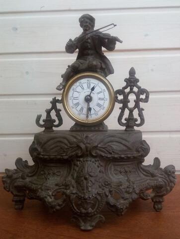 Pequeño Reloj Despertador De Calamina