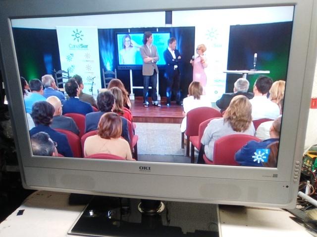 TV LCD OKI 32 PULGADAS