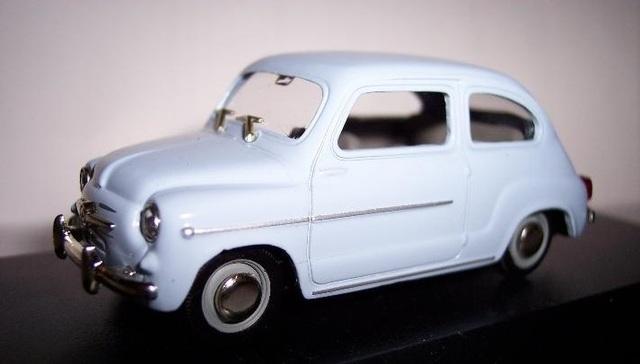 Fiat 600 D Escala 1:43 De Solido En Caja