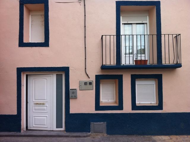 SE ALQUILA CASA  EN MORILLO DE LIENA (HU - foto 1