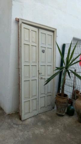 PUERTAS DE PINO CURADO ANTIGUAS - foto 2