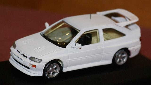 Ford Escort Rs Cosworth Blanco 1:43 Defe