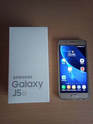 SAMSUNG GALAXY J5. 16 GB NUEVO DORADO