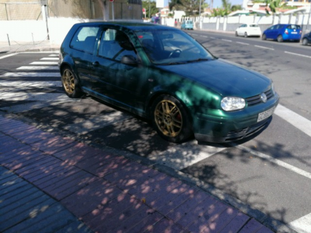 VOLKSWAGEN - GOLF 1. 8T 20V TURBO