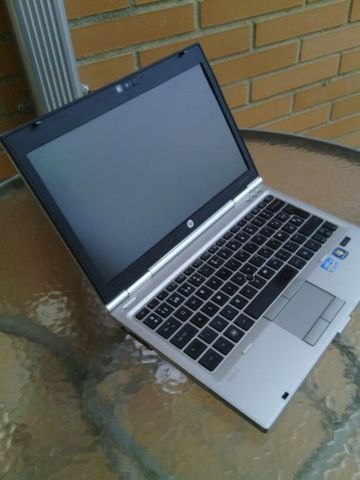 HP ELITEBOOK 2560P, 4GB, 120GB, DVD RW