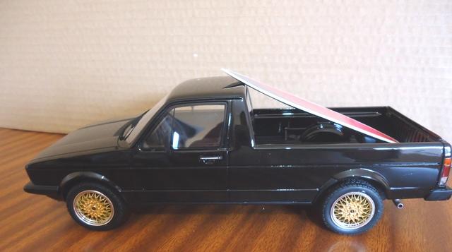 Volkswagen Caddy Surf 1:18
