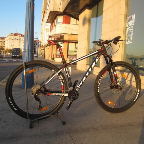 c885febe23c MIL ANUNCIOS.COM - Scott scale. Compra venta de bicicletas: montaña,  carretera, estáticas, trek, GT, de paseo, BMX, trial, scott scale en Galicia