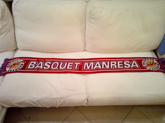 BUFANDA BASQUET MANRESA - foto 1