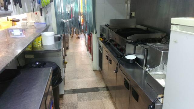 REF.  600 CAFETERÍA RESTAURANTE TRASPASA - foto 2