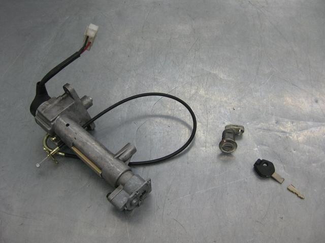 Bomba de frenos cilindro de freno trasero SYM gts 125 et 43500-hta-000