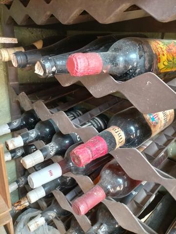 Busco Vino Licores,Botellas Antiguas