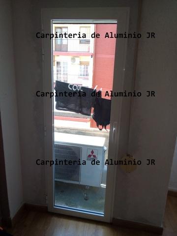 CARPINTERIA DE ALUMINIO Y CRISTALERIA - foto 2