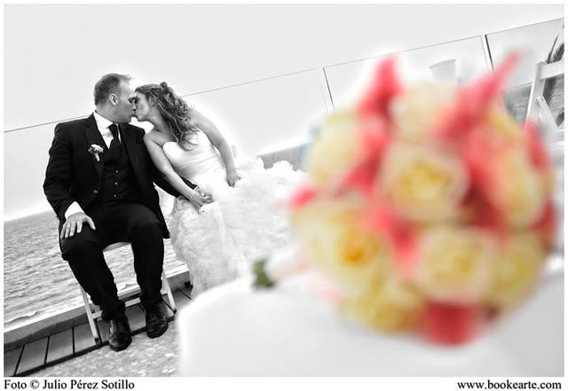 FOTOGRAFÍA Y VÍDEO PARA BODAS - foto 4