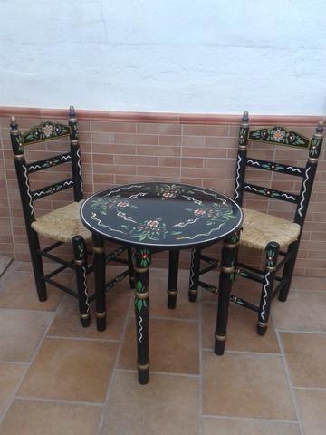 mesas y sillas flamencas
