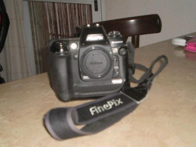 FUJIFILM S3 - foto 1