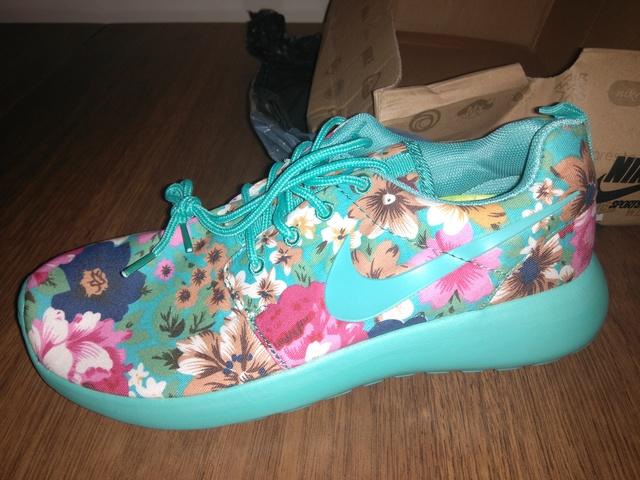 zapatillas nike flores mujer